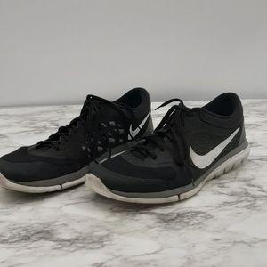 Nike flex 2015 Run black and white sneakers US14